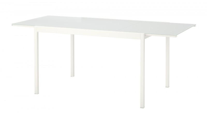 IKEA recheamă masa extensibilă GLIVARP din cauza riscului de cădere a piesei de extensie