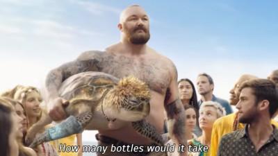Dealul armoniei Coca-Cola devine un munte de ironie într-o campanie SodaStream