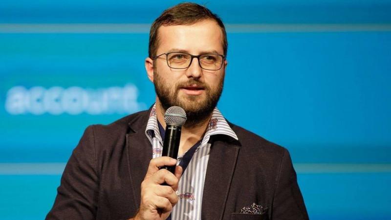 """Cristian Ignat, la 3 ani de Canopy: Am ajuns sa fim o """"multi-judeteana"""" cu 24 de persoane, 2 pisici si 3 roboti software"""