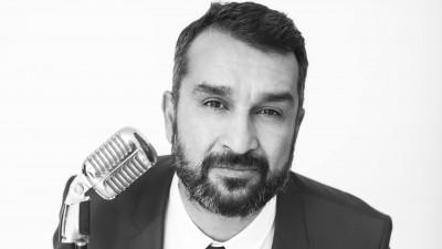 """14 ani de Radio Guerrilla cu suflet. Adrian Popescu: """"Respectă-ți principiile și nu o să te pierzi. Ăștia suntem, uniți prin diversitatea noastră. Take it or leave it"""""""