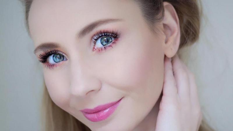 Cristina Kovacs este Best Beauty Vlogger 2018