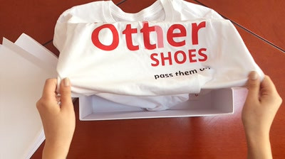 Otter - Shoes Unboxing