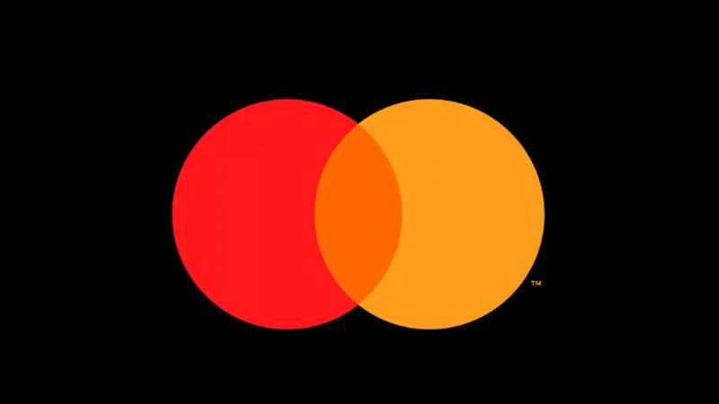 Mastercard isi simplifica identitatea vizuala si renunta la numele de brand