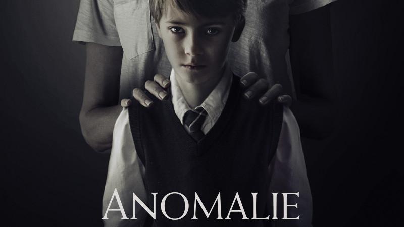 """""""The Prodigy/Anomalie"""" , un horror care îți taie respirația pe marile ecrane din România"""