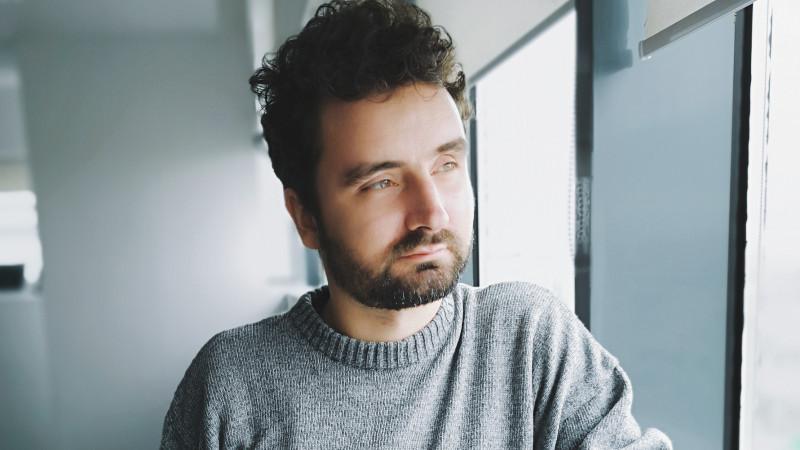 [SoMe 2019] George Stoica (Vola.ro): Clientul de travel poate fi uneori suspicios sau foarte pretențios, așa că armele tale cele mai puternice sunt înțelegerea și bunătatea