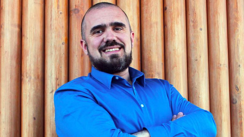 """[Marketer Profile] Andrei Dumitrașcu, un parcurs de peste 9 ani în marketing: """"Publicitatea are un rol important în antrenarea libertății de a alege"""""""