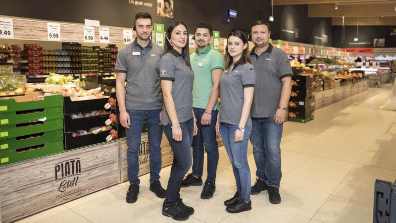 Lidl lansează o nouă campanie de brand de angajator: Dă mai departe bucuria Lidl