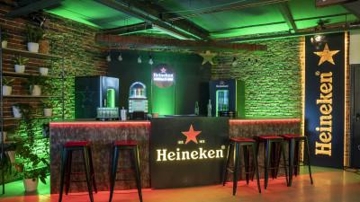 Noua campanie Heineken® transformă casele în Home Bar-uri, pentru experiențe UEFA Champions League de neratat