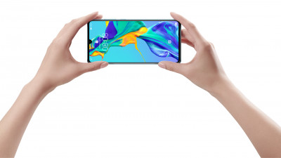 """HUAWEI P30 Pro primește premiul """"Best Photo Smartphone 2019"""""""
