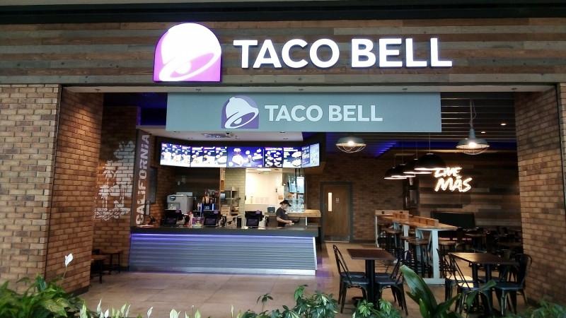 Taco Bell își surprinde fanii cu Taco'n Taco și duce #LiveMas la nivelul următor, cu un restaurant într-un restaurant