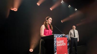 """Distincție istorică pentru o campanie de Public Affairs din România:Juriul SABRE Awards EMEA a desemnat campania """"Protejează-i aripile"""" ca fiind cea mai valoroasă din regiune"""