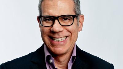 [LGBTQ în companii] Perry V. Zizzi (Dentons): In luna mai sarbatorim Pride Day in toate birourile noastre