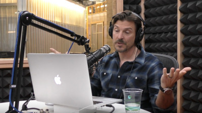 """[Inspiration Archive] Alex Bogusky: """"In this business, if you want to make a million dollars, start an award show"""""""