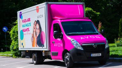 WOPA implementează pentru al 3-lea an consecutiv Caravana Frumuseții AVON