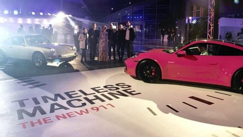 the Syndicate și Porsche 911, călători prin timp