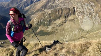 [Obsesii part-time] Alexandra Mihailescu (BDR Associates): Barierele de limba, de educatie si formare dispar atunci cand imparti un traseu pe munte