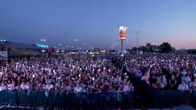 Carrefour România și Mind Treat Studios stabilesc recordul pentru cea mai mare interacțiune mobile LIVE din România