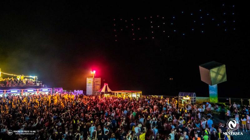 Premieră în România: Peroni Nastro Azzurro a surprins publicul Neverseacu primul show de drone realizat deasupra Mării Negre