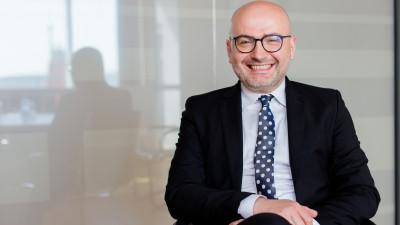 [Marketeri in training] Sergiu Mircea (Banca Transilvania): Nu credem neaparat in conceptul de training, ci in ideea de specialist care poate sustine si un training