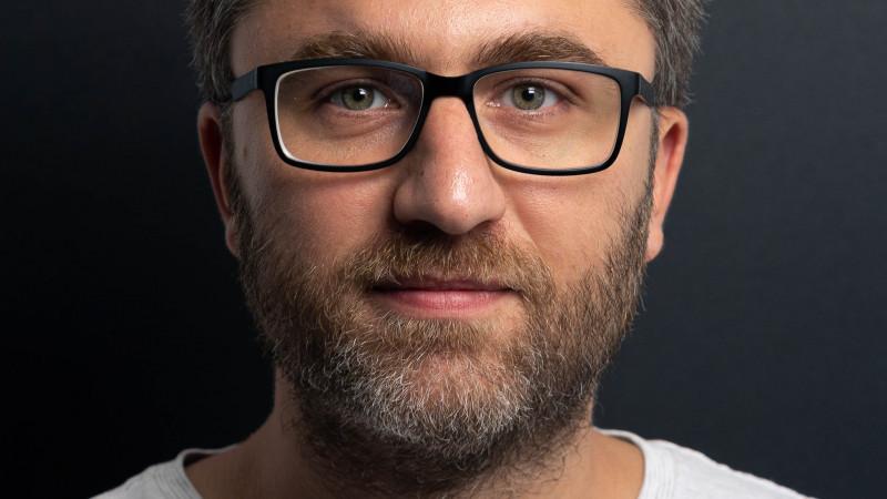 """[Reguli de pitch] Vlad Petre (Saatchi & Saatchi + The Geeks): Tine de noi sa fortam schimbarea. Sa popularizam in randul clientilor initiative de tipul """"Ghidul de pitch"""""""