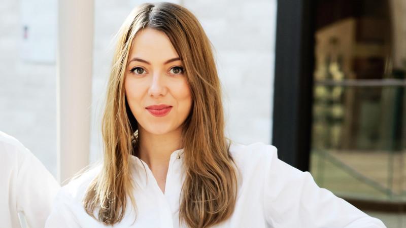 [Reguli de pitch] Mia Munteanu (Marks): Consider obligatorie și de nenegociat o taxă de pitch