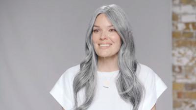 De ce au femeile părul alb?