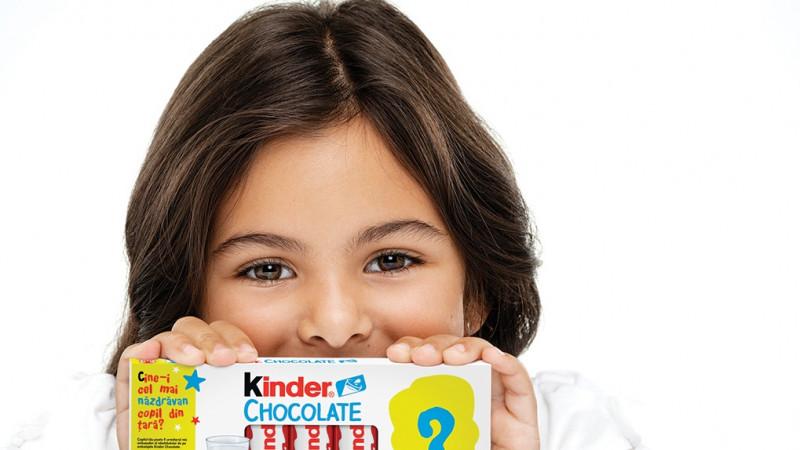 Kinder caută 8 mici ambasadori ai năzdrăvăniei din România pentru ambalajele de Kinder Chocolate