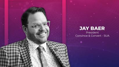 Jay Baer, autor și fondator Convince&Convert: Nu contează cât conținut creezi, ci ce contribuie la succesul afacerii tale