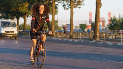 [Obsesii part-time] Victoria Donos: Când faci ture cu bicicleta, descoperi oameni, locuri, povești pe care nu ai cum să le trăiești altfel