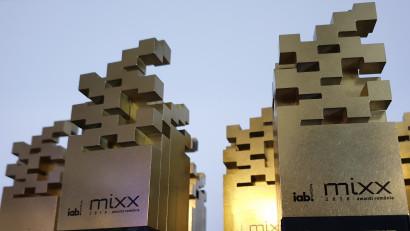 "Unfold the Bold! Incepe ""imbarcarea"" pentru IAB MIXX Awards Romania - Editia a opta"