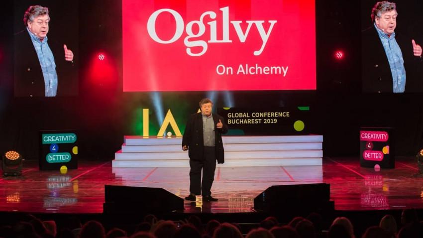 Rory Sutherland: Lumea e din ce în ce mai bogată în date și din ce în ce mai săracă în semnificații