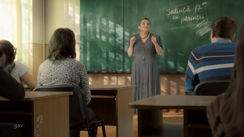 """CERSANIT a finalizat proiectul de renovare a băilor din școlile publice românesti, promovat printr-o campanie semnata GAV: """"Cersanit trece baia pe curat. La școală, ca acasă!"""""""