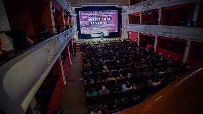 Debutul celei de-a XXVI-a ediții a Festivalului Astra Film, sărbătorit cu săli pline, invitați de renume mondial și proiecții sold-out
