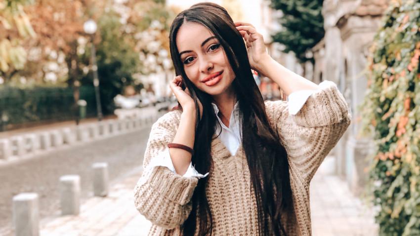 [Joburi noi la vremuri noi] Geanina Rădulescu, Influential Marketing Manager: Instagram m-a adus aici