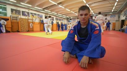 JYSK - Cunoaste-ti campionii: Alex Bologa, campion la judo pentru nevazatori