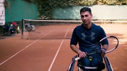 JYSK - Cunoaste-ti campionii: Ciprian Anton, campion la tenis in scaun rulant