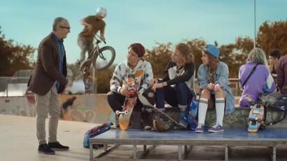 Star Krax vorbeste pe limba ta! Skateboarding