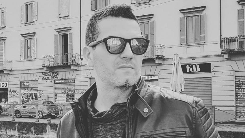 [O, ce veste creativa] Mihai Caluseriu: Unii oameni sunt facuti sa nu se sperie atunci cand au de facut cadouri, iar creativii sunt astfel de suflete darnice