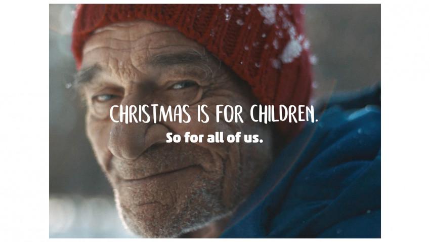 PENNY Market transformă din nou adulții în copii în noul spot de Crăciun