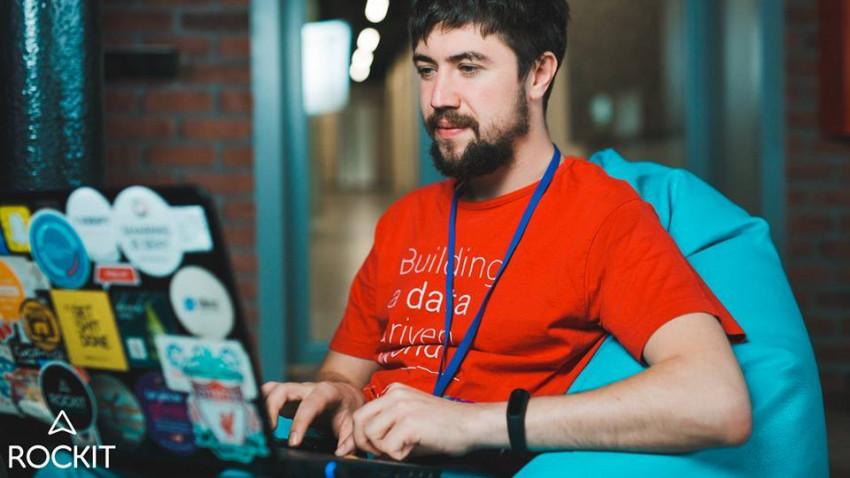 [Jurnalist.md] Alexandru Lebedev, #diez: Internetul a distrus mai multe filtre și a luat elitismul cu care se înfășurau cândva jurnaliștii