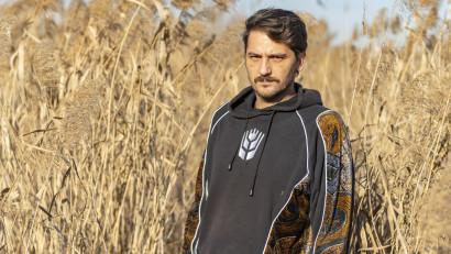 Mircea Topoleanu: In mijlocul Bucurestiului, intr-o oaza de natura, traia o familie complet izolata de oras. Am vrut sa stim cum a supravietuit