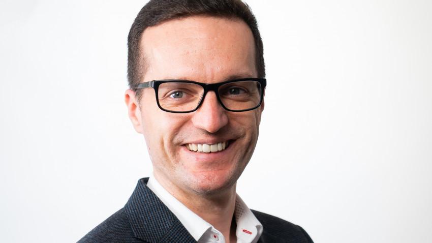 [REC și la podcast] Daniel Tănase: Podcastul meu este un mix între finanțe personale, finanțe pentru afaceri, antreprenoriat și social media