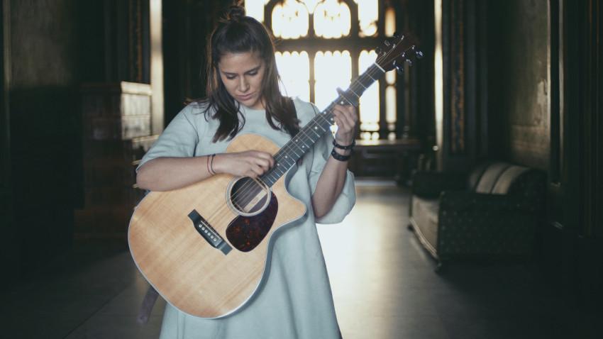 [Single de Romania] Marú: Dacă muzica e suficient de puternică, o să doboare orice regulă de PR și promovare