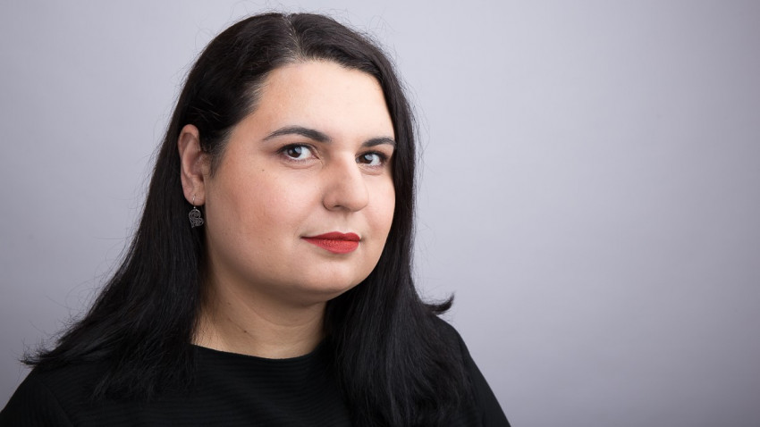 Georgiana Ilie: Dacă alegi să trăiești jurnalismul, asta îți afectează viața privată