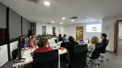 Tinerii români au posibilitatea să primească diplome în IT recunoscute în întreaga Uniune Europeană