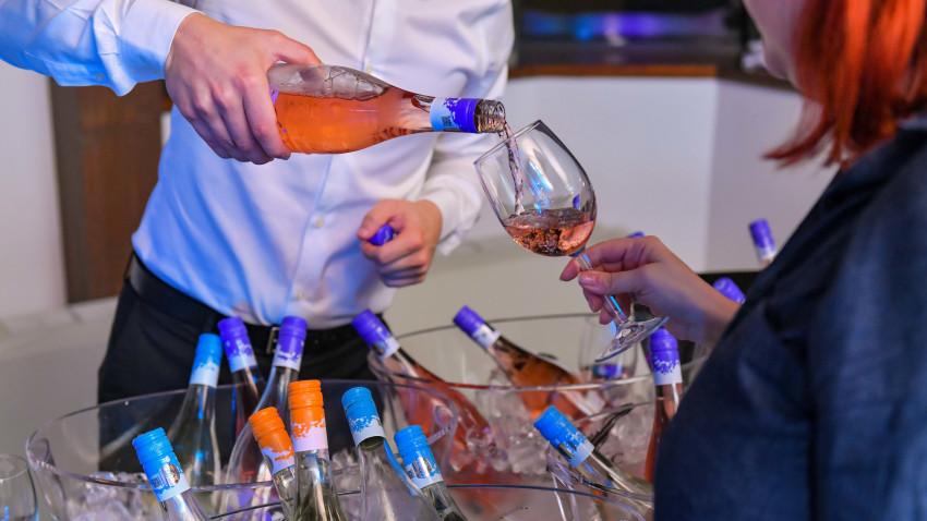 Crama LILIAC a prezentat noua etichetă a vinurilor young.LILIAC, ediția 2020