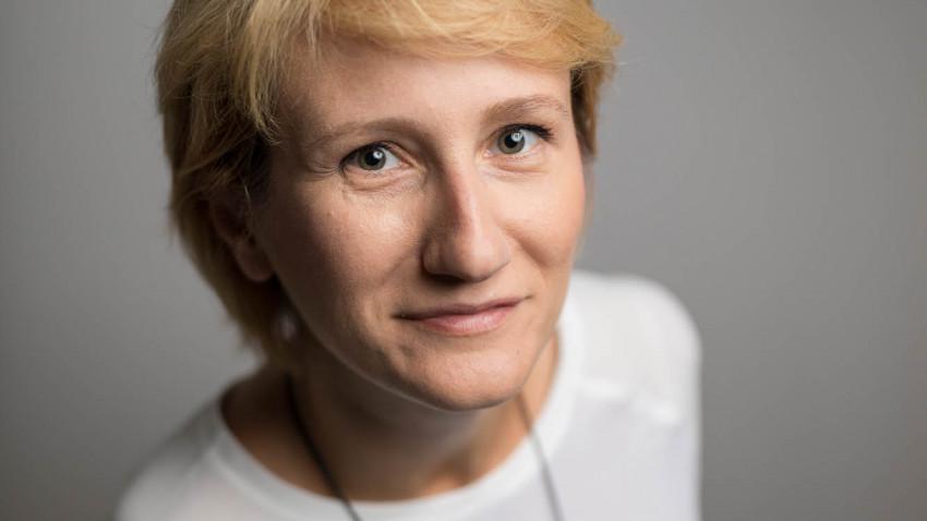 [Trenduri 2020] Ana Stanel, despre propagarea informatiei, premisele manipularii si sindromul de turma