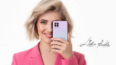 Lidia Buble, imaginea noului Huawei P40 lite. Artista va fi protagonista campaniilor de comunicare pentru Huawei P40 lite în 2020