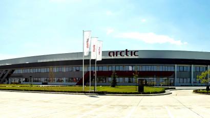 Arctic împreună cu Discovery România dezvăluie tehnologia de ultimă generație din fabrica viitorului de la Ulmi