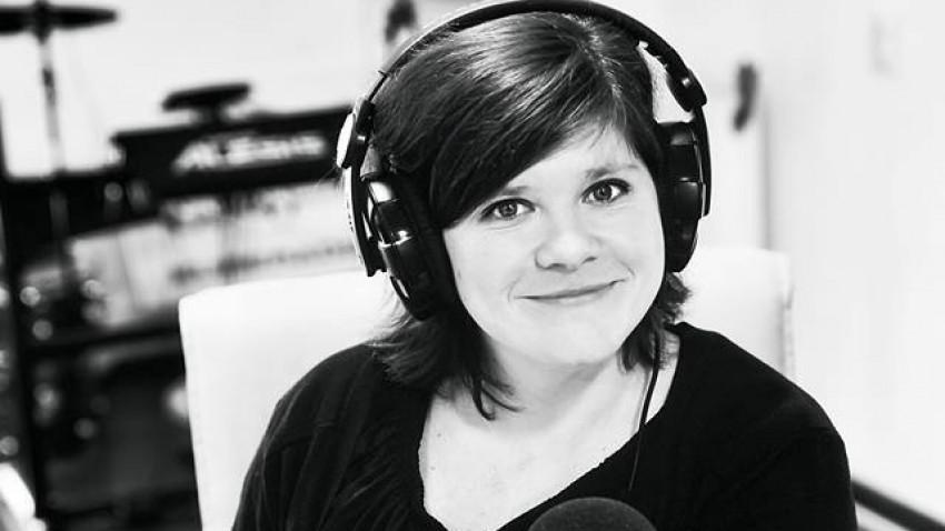 [Radio Love] Gilda Comârzan: Radioul românesc este ca un bazar din Turcia, ai kitsch, ai aur, toată lumea vrea să meargă